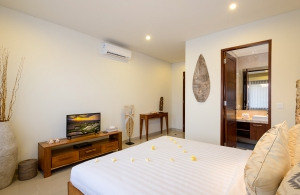 Villa Sophia Legian, Bali - Bedroom three with ensuite